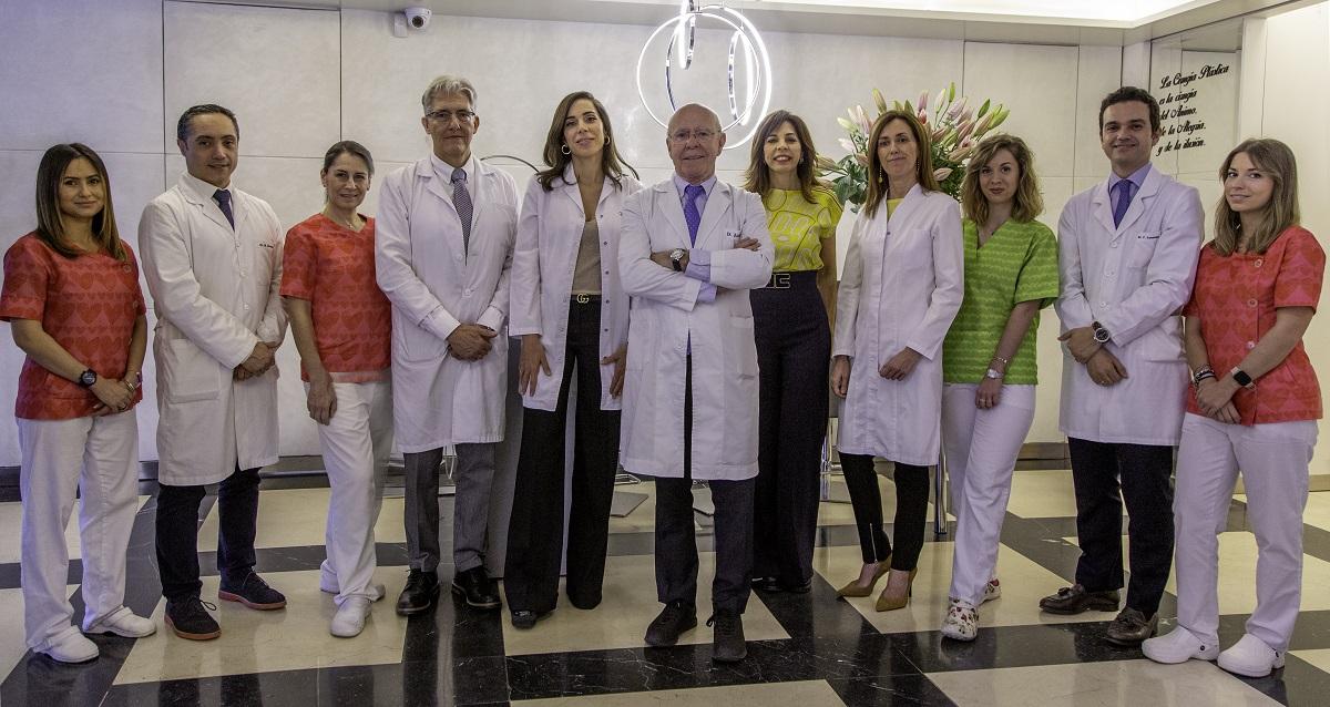 Foto de Equipo - Slide Home - Consulta Dr Juan Peñas